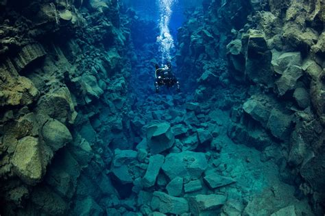 dive a diving silfra day tour at thingvellir iceland