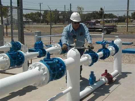Pipeline Inspectors by New Mexico Gas Company Pipeline Integrity Management Program