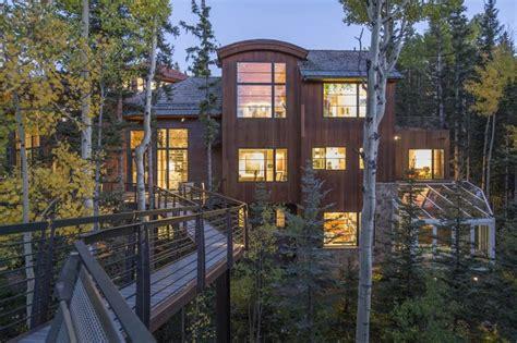 Corner House Telluride by Oprah Winfrey Spent 14 Million On This High Tech Colorado