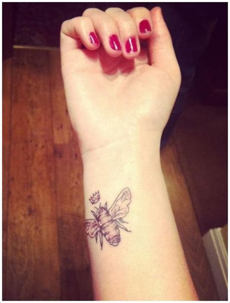 bee tattoo meaning 25 best ideas about bee on
