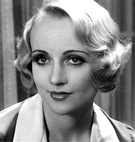 classic hollywood fashion icons that everyone loves beauty glitch style icon carole lombard