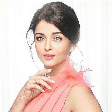 facebook aishwarya rai bachchan 249 best images about aishwarya rai ash on pinterest
