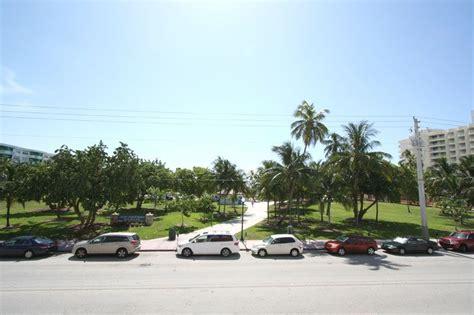 8 best miami apartments for a beach getaway alltherooms com miami beach vacation flats miami beach holiday apartments