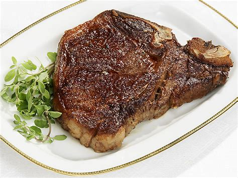 best t bone steak on a oven stove top steak on