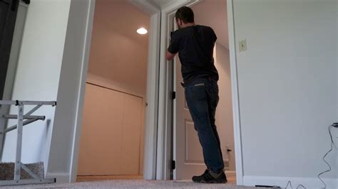 Replacing An Interior Door Replacing An Interior Door How To Replace An Interior Door The Family Handyman D I Y D E S I
