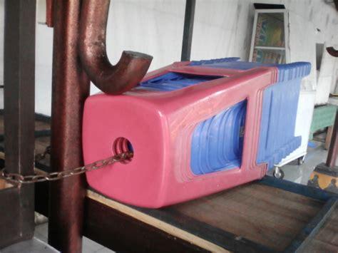 Info Kursi Plastik alasan ada lubang di bagian atas kursi plastik co id