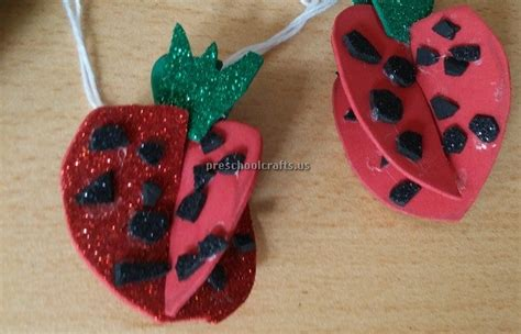 strawberry crafts for strawberry craft ideas for kindergarten fruit