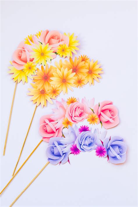Flower Crown Photo Booth free printable photo booth flower crown props for your