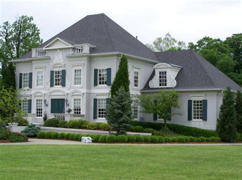 certainteed landmark driftwood shingle house exterior