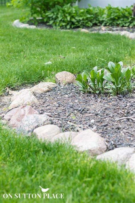 Rock Borders For Gardens How To Maintain A Garden Rock Border On Sutton Place