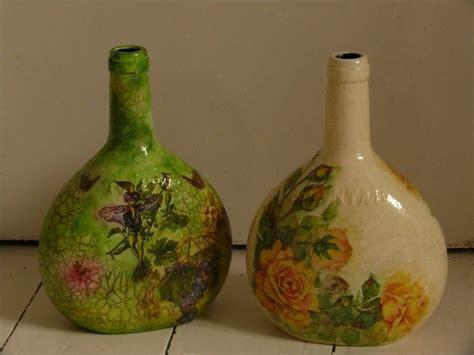 decoracion de botellas de vidrio con servilletas decoraciones de botellas de cristal con servilleta