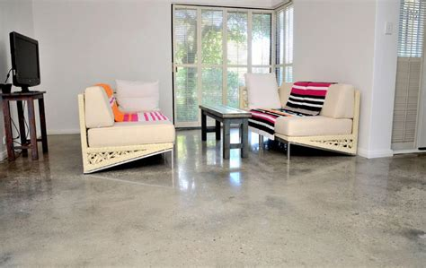 how much does polished concrete flooring cost per square