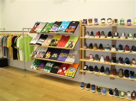 t shirt shop layout home design clothing store layout shop setup ideas t