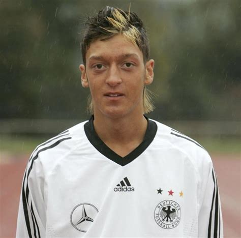 mesut ozil new haircut snapped arsenal star mesut ozil and his shocking mullet