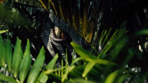 film gratis jurassic world in italiano science has teeth in jurassic world super bowl spot nerdist