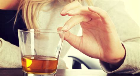 How To Help Someone Detox by How To Really Help Someone With Alcoholism