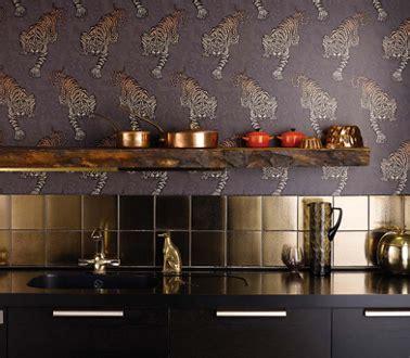 papier peint lessivable pour cuisine papier peint cuisine lessivable motif tigre dor 233
