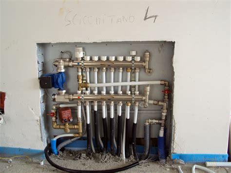 collettore riscaldamento a pavimento foto collettore impianti radianti a pavimento de mauro