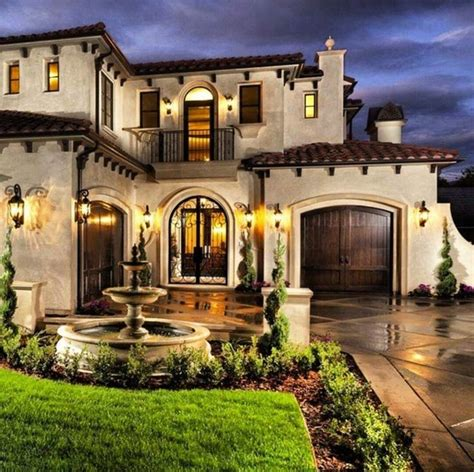 mediterranean mansion best 25 mediterranean style homes ideas on pinterest
