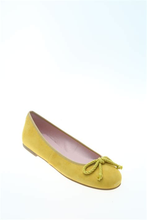 flat yellow shoes suede yellow flat pretty ballerinas
