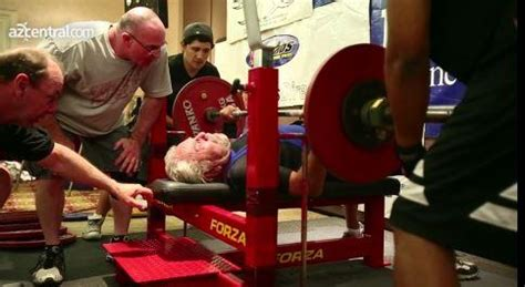 texas bench press record sy perlis 91 year old weightlifter sets bench press
