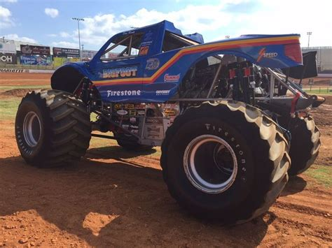 pictures of bigfoot truck 17 best images about bigfoot 4x4x4 fans on