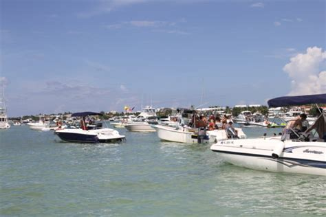 boat rental miami boat rental miami offers to explore and enjoy the city