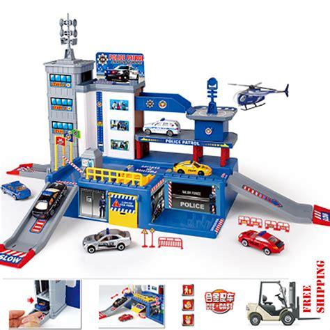 Poli Car Parking Policar Parking Robocar Poli Parking Base compra juguete de estacionamiento al por mayor de