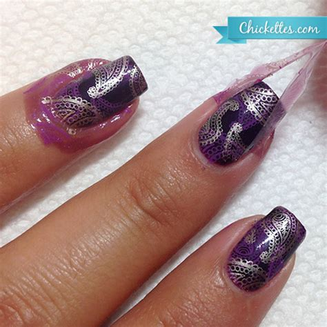 easy nail art clean up plum paisley sted nails and liquid palisade for easy