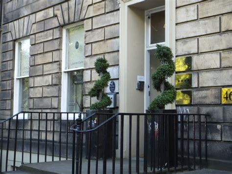 queens guest house updated  guesthouse reviews