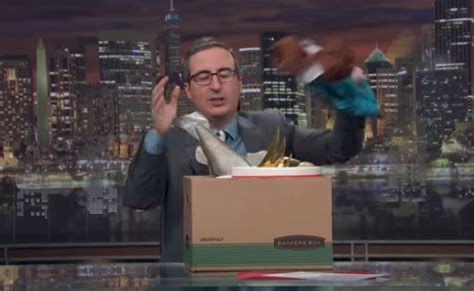 john oliver quits  week tonight  russell crowe
