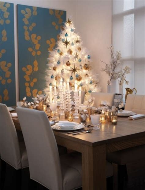 table top decor 45 amazing christmas table decorations digsdigs