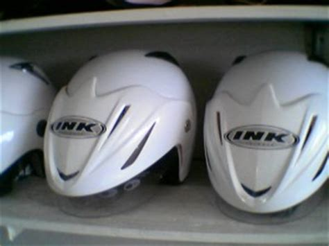 Helm Ink Ukuran S 301 moved permanently