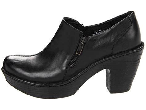 womens shoes b o c born famke platform heels slip on