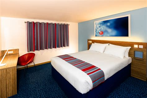 new room sixty one hotels now refurbished in the 163 57m travelodge refurbishment programme travelodge