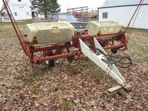 Ih 56 Planter by International 56 4 Row Wide Corn Planter