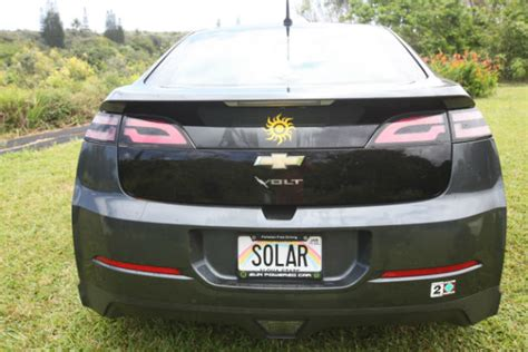 chevy volt solar charger chevy volt owner says he ll soon be driving for free