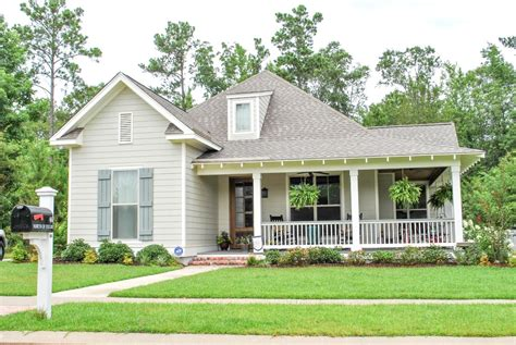 country style house plan 3 beds 2 baths 1900 sq ft plan