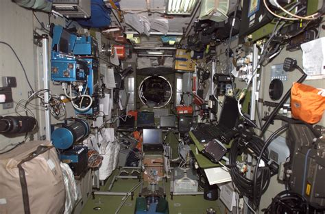 International Space Station Interior by File Iss 10 Interior View Of The Zvezda Service Module Jpg