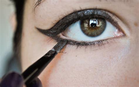 tattoo eyeliner baton rouge rockabilly makeup tips mugeek vidalondon