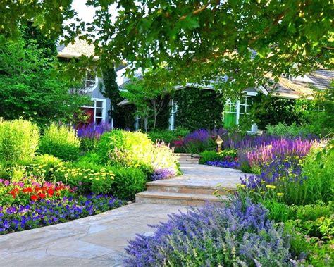 Gartengestaltung Bilder Vorgarten by Cape Cod Front Yard Landscaping Save As Cape Cod Style