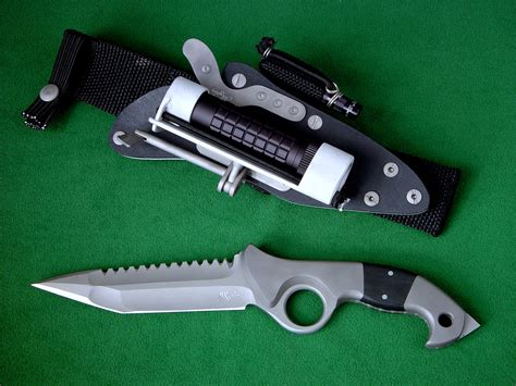 custom tactical knife makers quot ari b lilah quot predator counterterrorism combat knife and