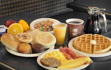 Does Comfort Inn Free Breakfast by Morning Breakfast Picture Of Comfort Inn Barrie