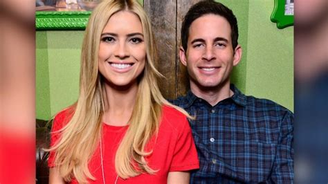 flip or flop stars tarek and christina el moussa split flip or flop stars move to divorce report says cnn