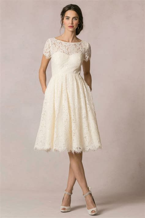 Dress E best 25 casual wedding dresses ideas on