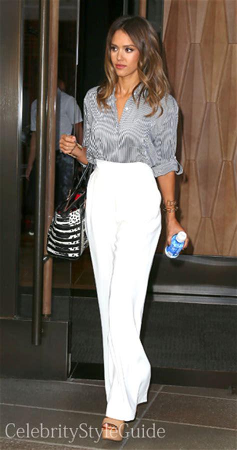 celebrity style guide jessica alba jessica alba style and fashion celebrity style guide