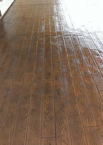 wood pattern sted concrete sted concrete looks like wood floor floors doors