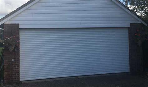 Glide Garage Door Rollers by Electric Garage Doors Proglide Roller Door Systems