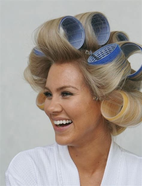 hairstyles using hot rollers 700 best curlers rollers images on pinterest rollers