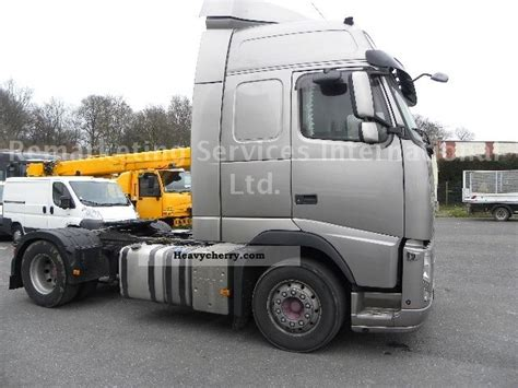 volvo tractor trailer volvo fh 13 540 2010 standard tractor trailer unit photo
